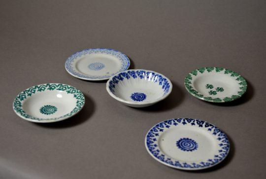 Miniature spongeware plates Sold