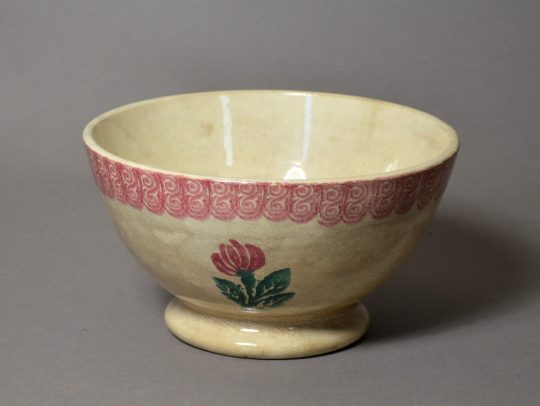 Spongeware flower pattern bowl Sold