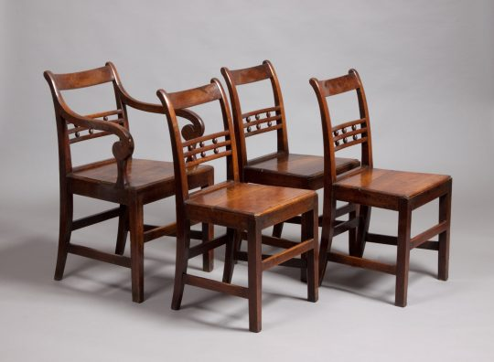 Set of 8 chairs / Set o 8 gadeiriau Sold