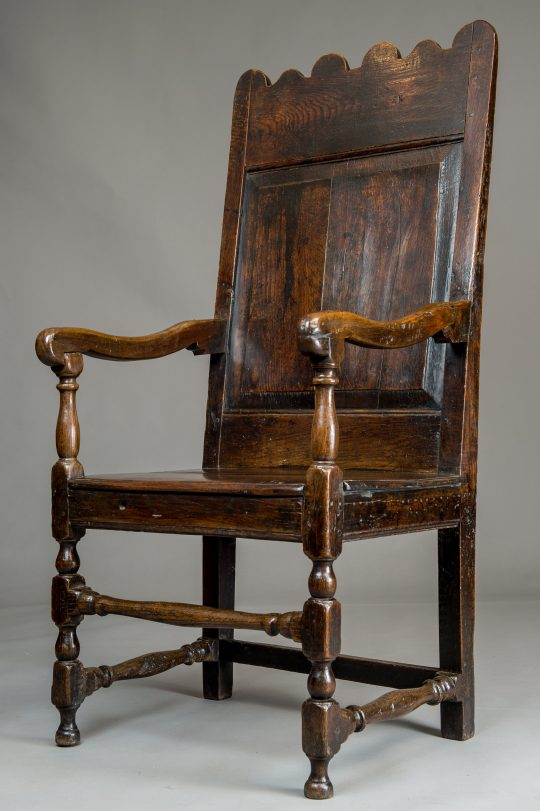 Oak arm chair